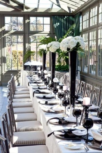 52 Elegant Black And White Wedding Table Settings | Weddingomania : black and white wedding table setting - pezcame.com