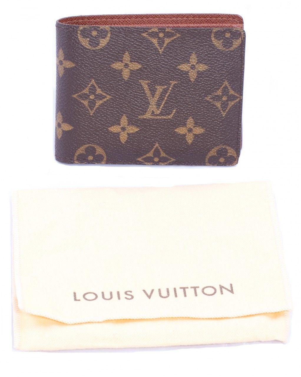 Celebrity Closet Fashion Lover Consignment Louis Vuitton Men S Monogram Canvas Billfold With 9 Credit Card Sl Mens Monogram Louis Vuitton Louis Vuitton Men