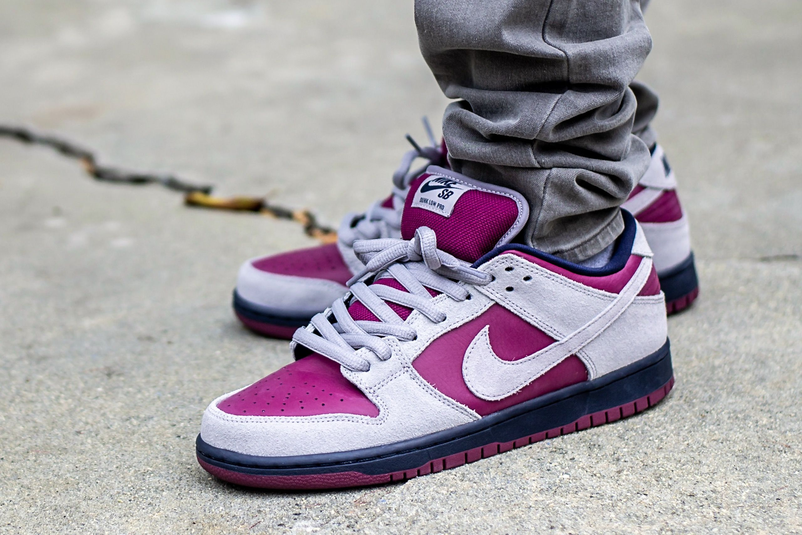 Nike Dunk Low SB True Berry On Feet Sneaker Review | Nice shoes