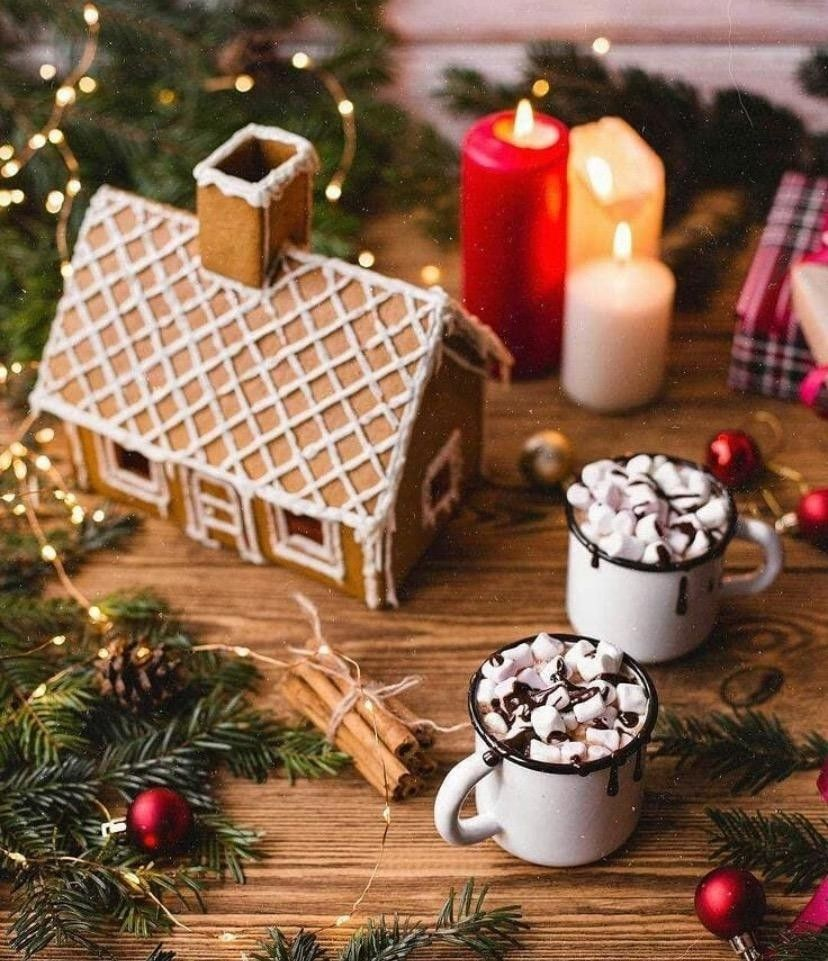 Photo Edited by AirBrush App. Hot chocolate Christmas tree with marshmallow. Click and enter the website to learn more! #christmasnight #christmas #christmastime #light #tree #christmasdining #holiday #celebration #winter #wonderland #xmas #snow #mostwonderfultimeoftheyear #gingerhouse #coffee