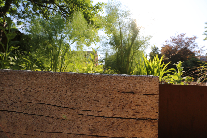 Garden Landscaping In Ealing London Http Www Positivegarden
