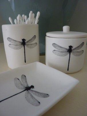 Thetravellingsouk An Elegant Bathroom Set Comprising Of A Toothbrush Holder Soap Dish And Lidded Pot All With The Dragonfly Motif