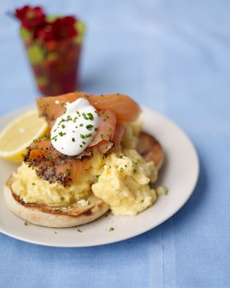 Scrambled Egg Muffins With Smoked Salmon And Soured Cream Recipe Fish Recipes Egg Muffins Food Recipes