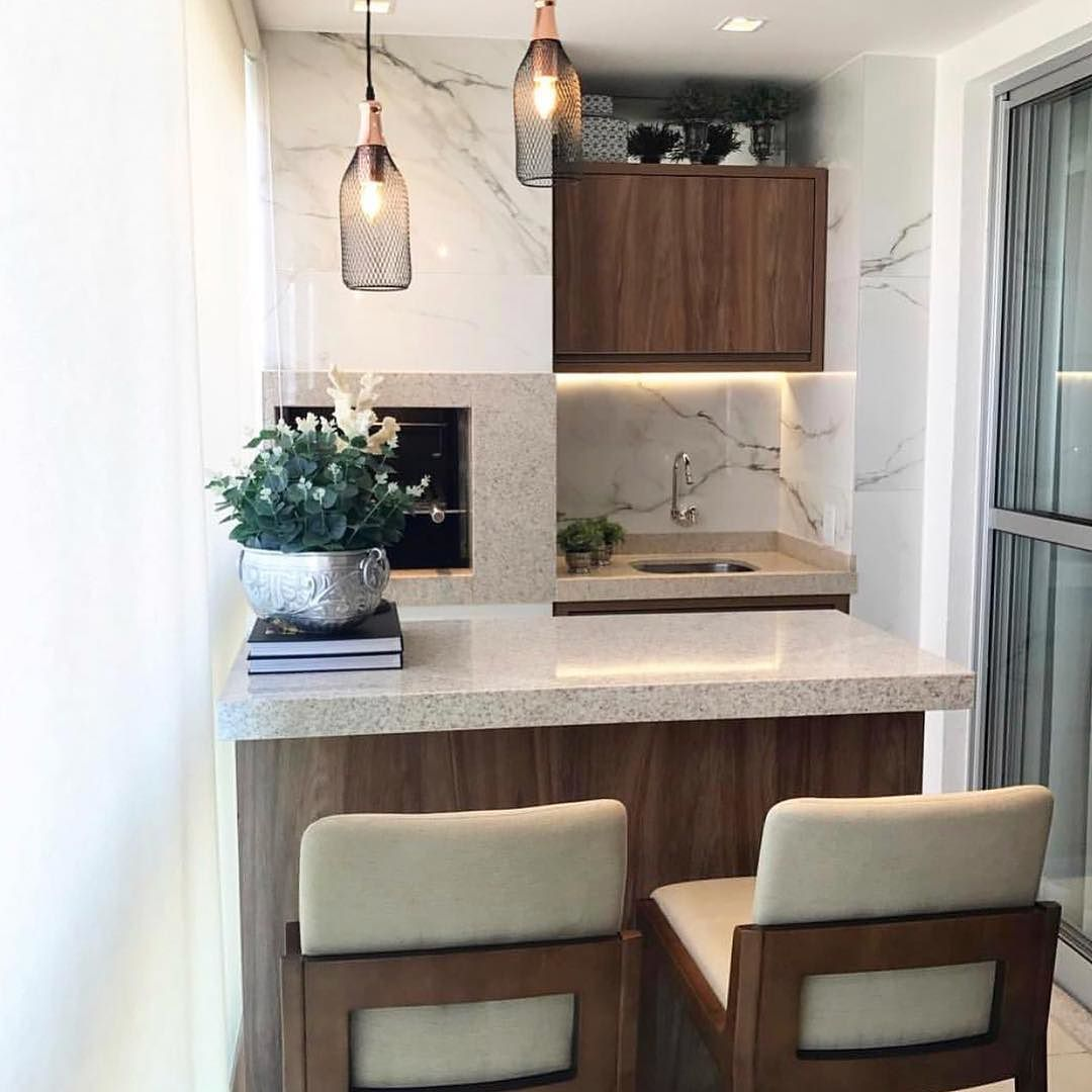 22 Beautiful Kitchen Design For Loft Apartment: Madeira E Porcelanato Fazem O Mix Dessa Varanda Compacta E