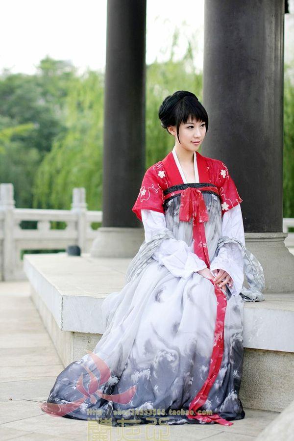 唐代交領襦裙與半臂