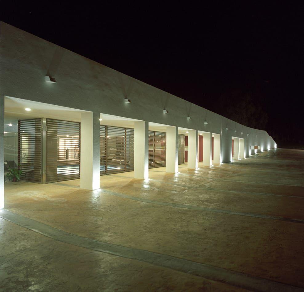 Parco acquatico con centro benessere presso l'hotel costa verde a cefalù hotel moderni di studio di architettura e design moderno | homify