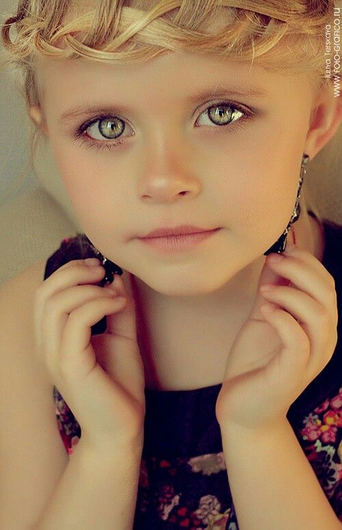 Her Eyes Are So Pretty Www Facebook Com Pages Focalglasses