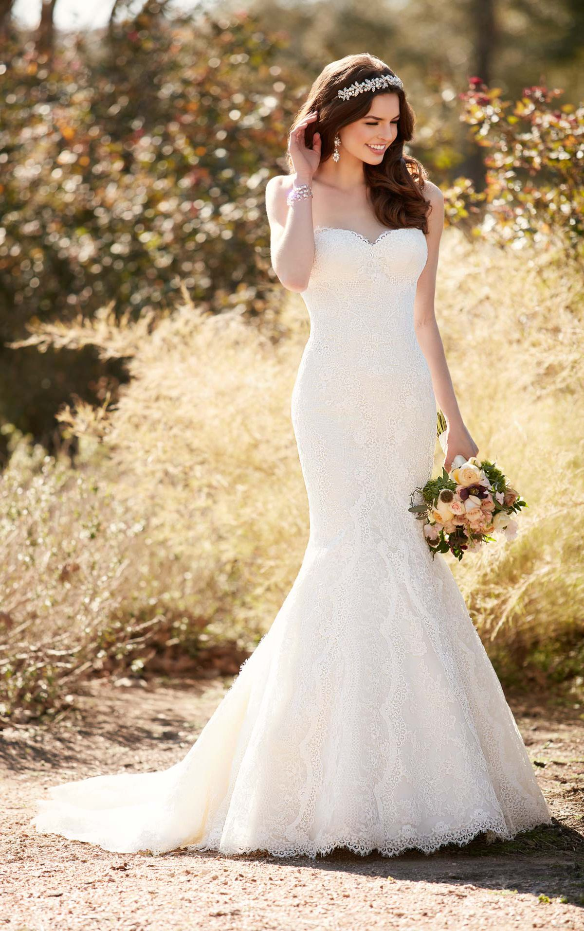 Silhouette Fit And Flare Page 4 Kleinfeld Bridal Wedding Dresses Taffeta Fit And Flare Wedding Dress Wedding Dresses Lace
