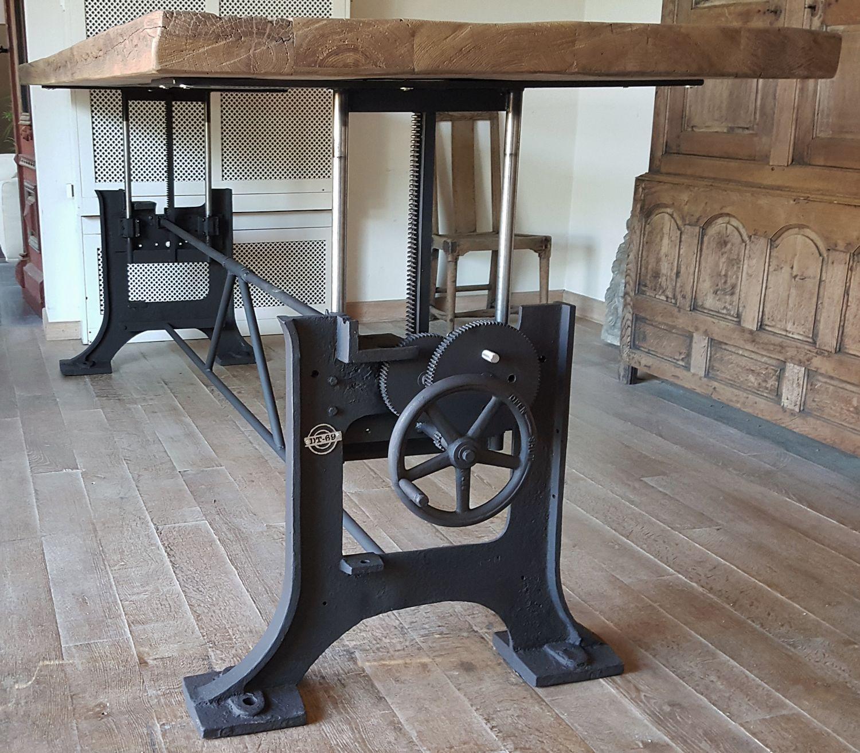 Gusseisen Tisch Moderner Tisch Aus Nussbaum Aus Gusseisen Aus