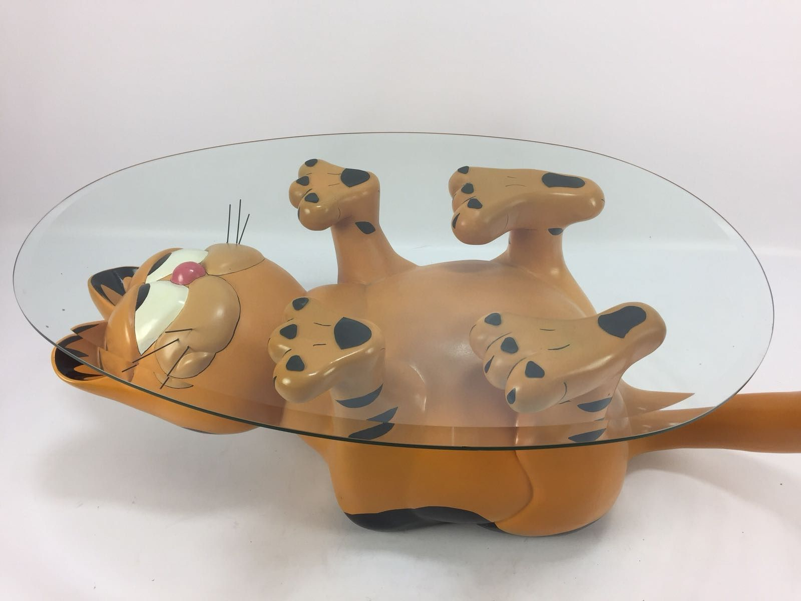 Garfield Coffee Table 1970s For Sale At Pamono In 2020 Neon Room Craft Room Design Garfield