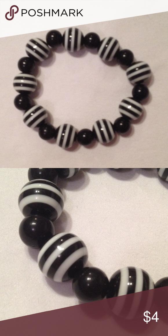 Beaded Bracelet Bundle Black and white stretch bracelets. Plastic ...