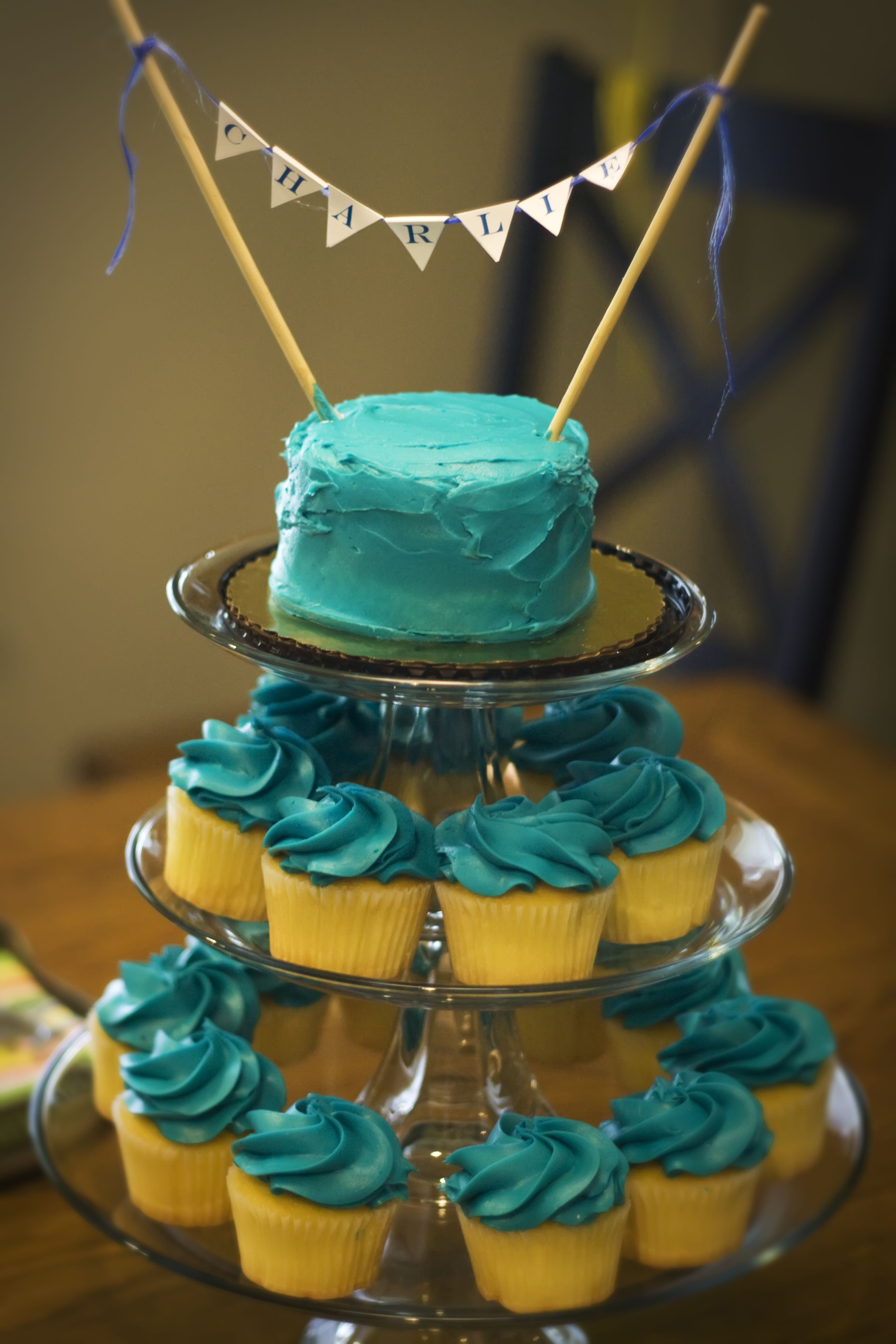 Kroger cupcakes and smash cakeget a three tiered cake stand and