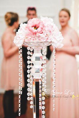 Décoration de mariage -Chandelier cristal - Organisateur & Innovateur d'évènements en Alsace -  www.cdeuxlor.com https://www.facebook.com/pages/C-Deux-Lor/291731146540?ref=ts