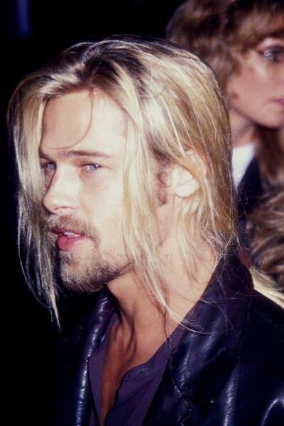 Brad Pitt With A Long Ponytail Brad Pitt Brad Pitt Young Brad Pitt Long Hair