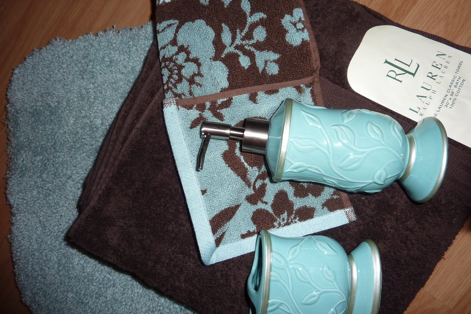 Dark brown and teal bathroom towels patterned towel for Teal and brown bathroom accessories