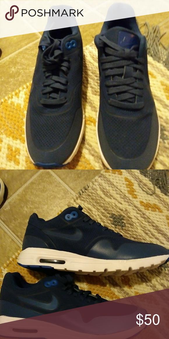 FINAL REDUCTION **Dark Blue Nike Sneakers NWT Blue nike