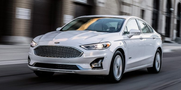 2019 Ford Fusion Energi Release Date Ford First Introduced A Hybrid Variation Of Its Fusion Midsize Sedan At The St Ford Fusion Hybrid Car Ford Fusion Energi