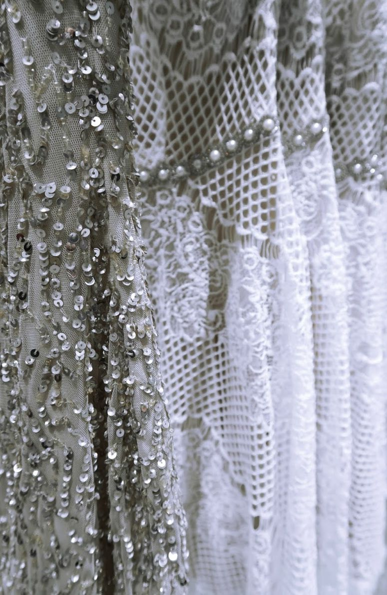 Pretty wedding dress details for the bride that likes a touch of sparkle | Photo by Cityscape Bliss