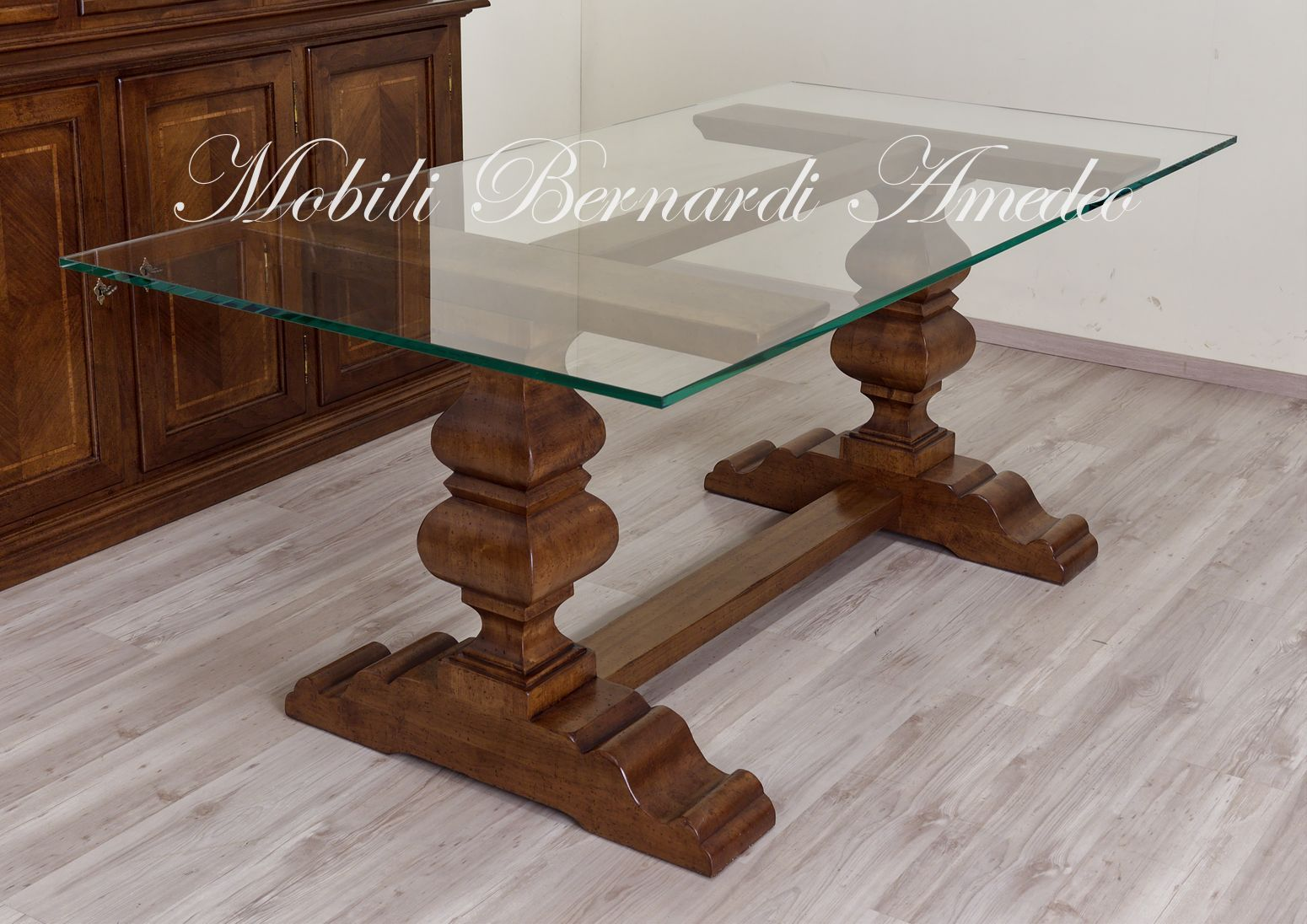 Tavoli In Cristallo Con Base In Legno.Tavolo Fratino Con Piano In Vetro Glass Top Table With Classic