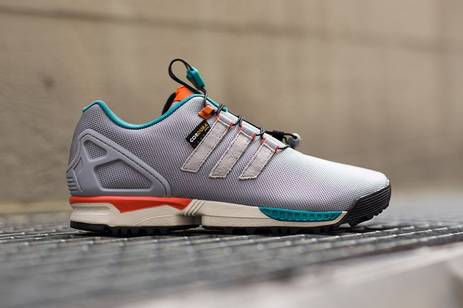 Sneakersnstuff Taps adidas' for Super Colorful ZX 4000 4D | Skor