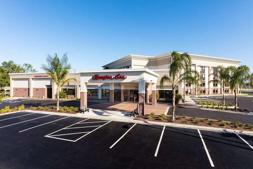 Best hotels near daytona international speedway
