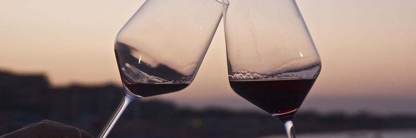 Vini Azienda #agricola @CastleOfAngels per #brindare alla #vita! #cincin #tramonto #panorama