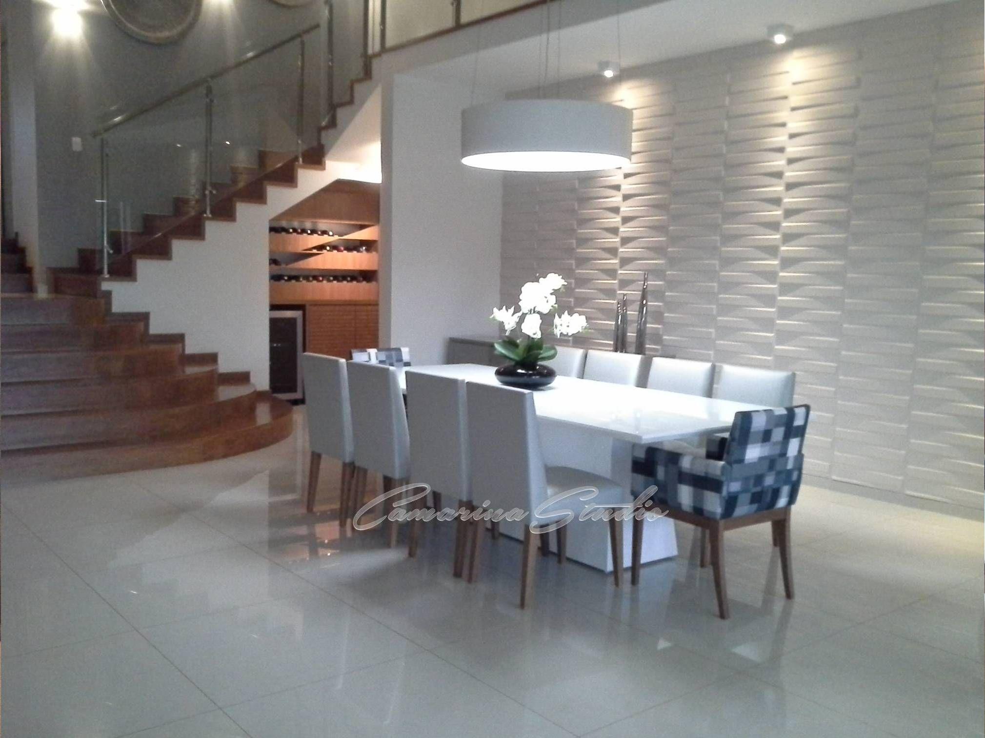 Sala em tons de cinza com revestimento 3d p direito for Revestimento 3d sala de estar
