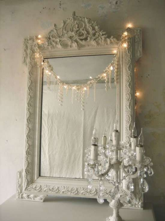 arredare casa con gli specchi - specchio shabby chic per camera da ... - Letto Country Chic