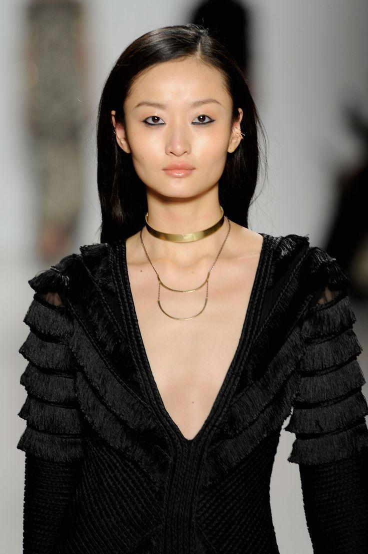 20 Eyeliner Styles More Interesting Than the Classic Cat Eye #wingedliner