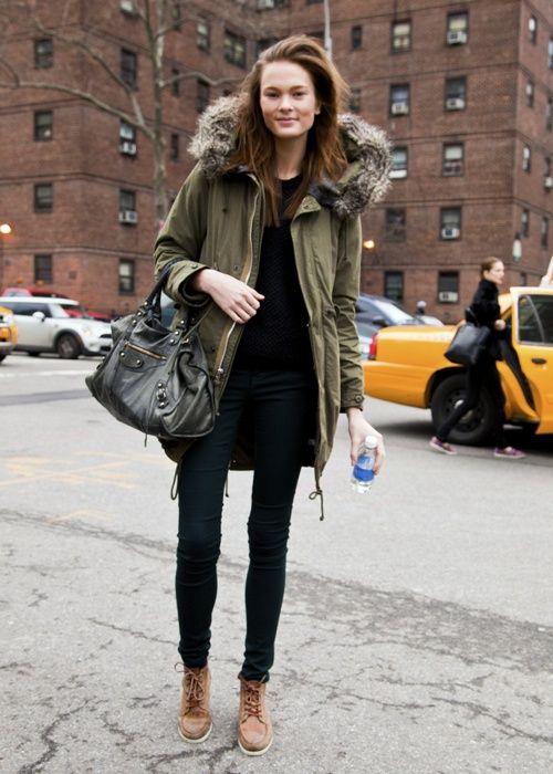 b715ecec41c8 Stylish and Warm Winter Coats | Europe Street Style | Green parka ...