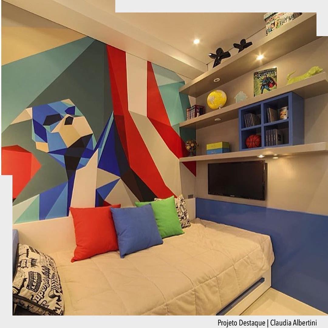 Vamos começar o dia com cor para alegrar a nossa manhã!  Uma ótima opção para quarto infantil é o uso de adesivo na parede pois fica super versátil para acompanhar a imaginação da meninada rsrsrs.   Arquiteturade #arquiteturadecoracao #olioli_lifestyle #adquarto
