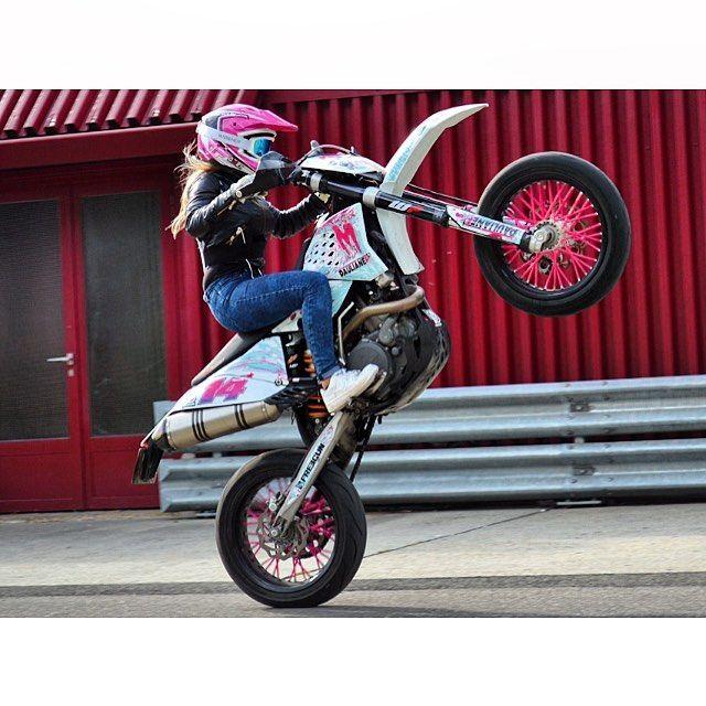 Need To Learn Wheelies Lol Enduro Motorcycle Dirt Bike Girl