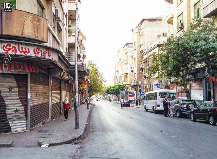 يسعد صباحكم أصدقاءنا من الطلياني ايمتى آخر مرة مريت من هون الطلياني دمشق في 1 10 2016 Teliani Damascus On 1 10 2016 Syria Damasc Street View Photo Scenes