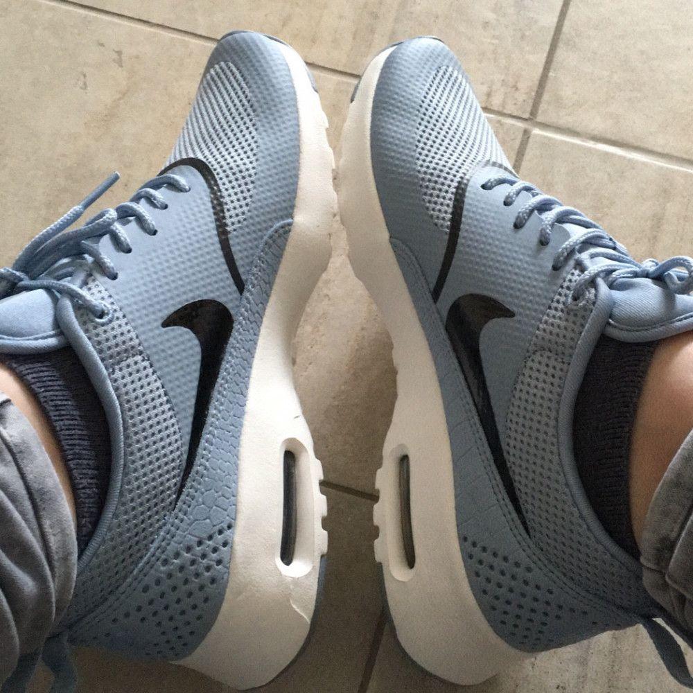 Blau graue Nike Air Max Thea Mit spannendem Strukturmix