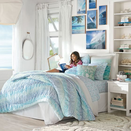 Summer Bedroom Style And Design Ideas: Kelly Slater Roll With The Tide Pillow Cover