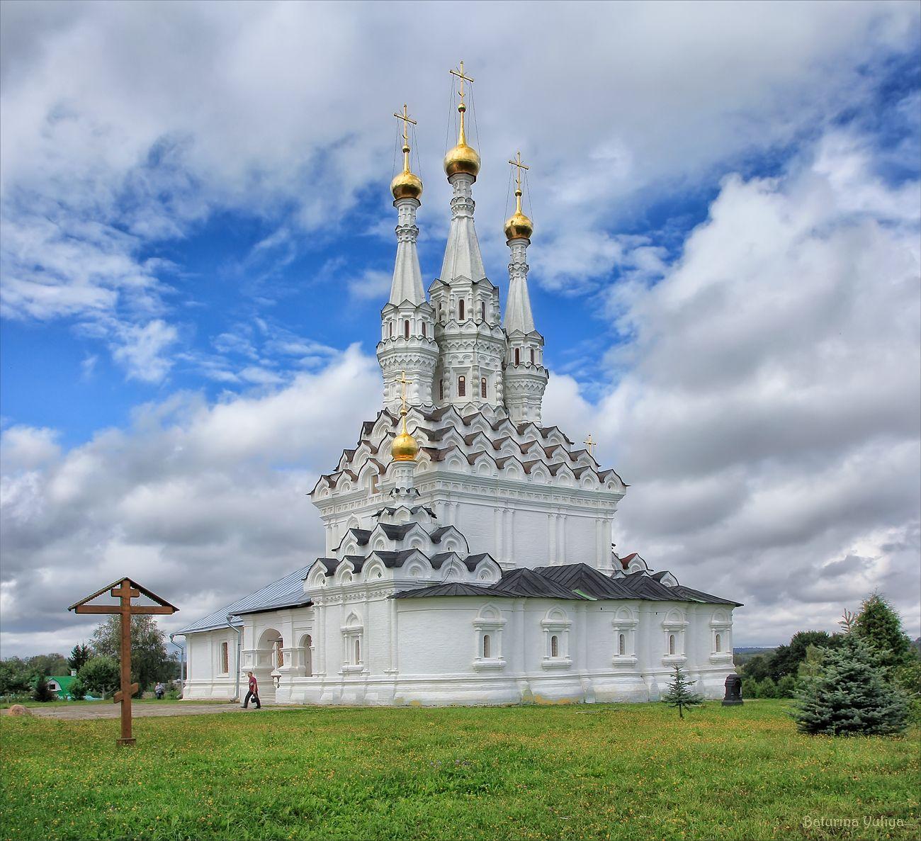 Тутаев | Храмы России in 2019 | Church Architecture ...
