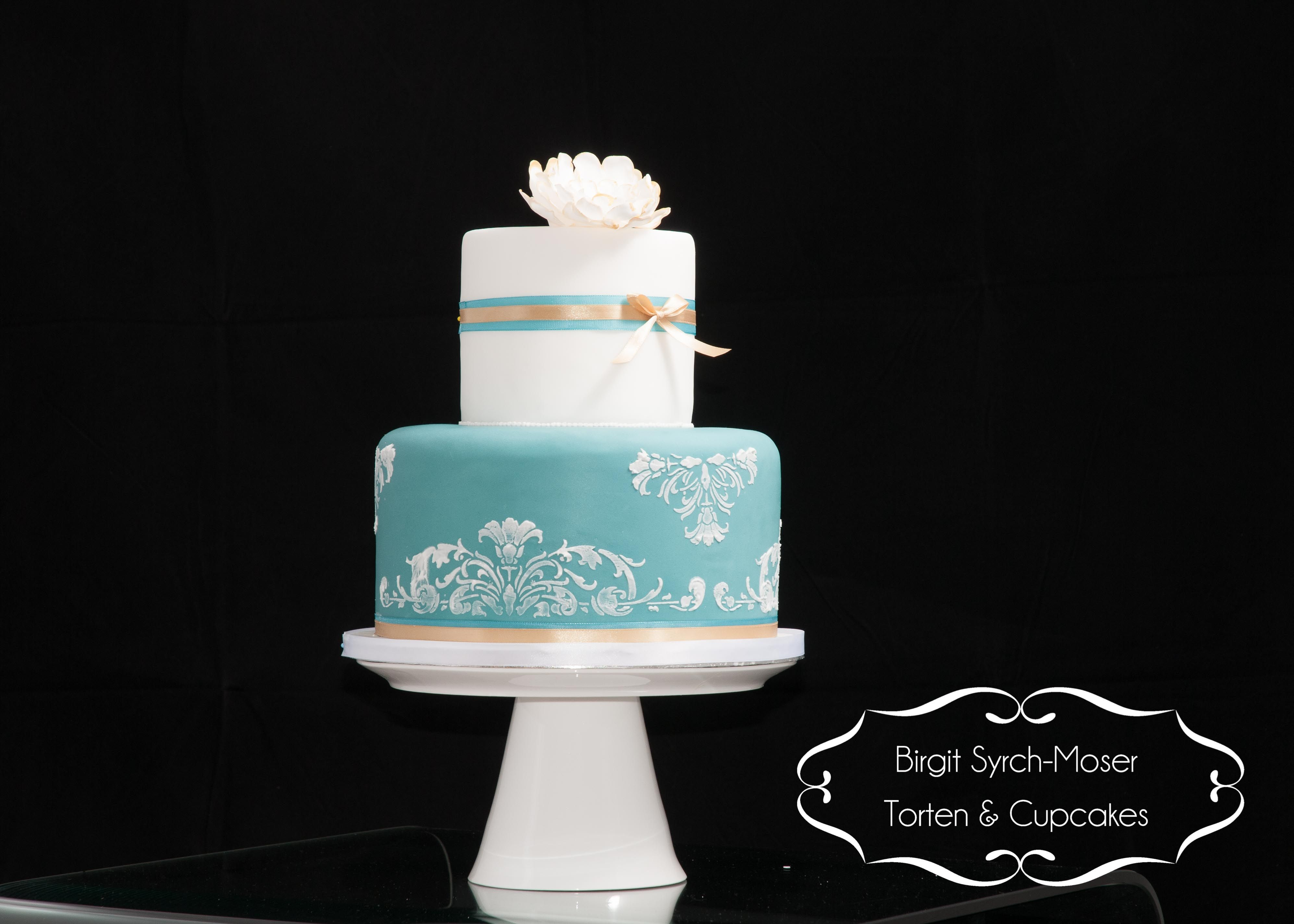 Wedding Cake White Gold Turquoise Lace Flowers