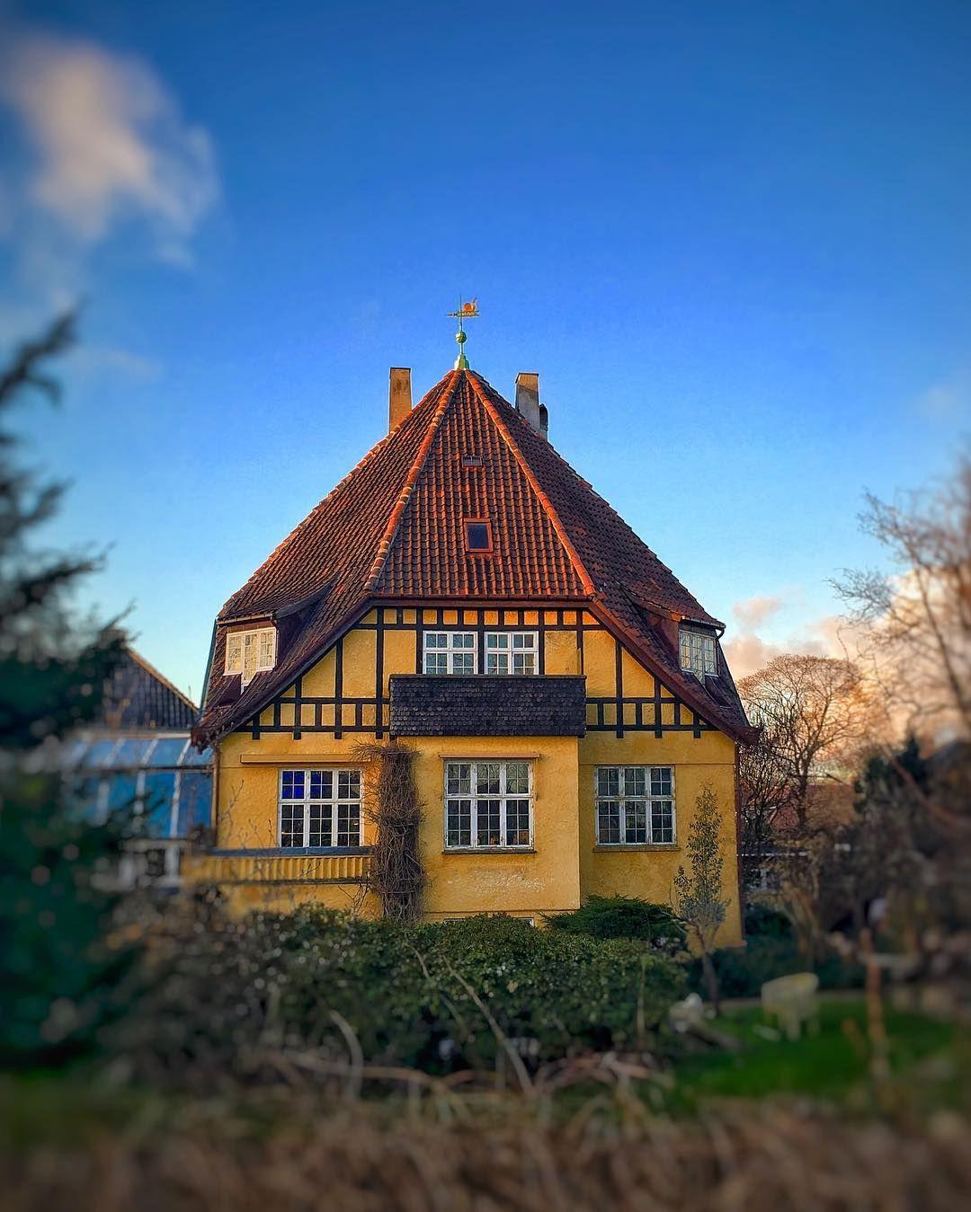 Where: Ryvangs Alle #Hellerup #Copenhagen #Denmark What