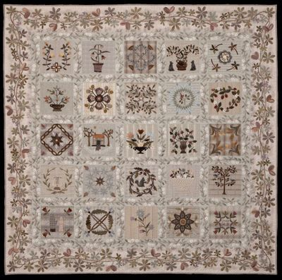 Taupe And Applique Quilt This Is So Beautiful Quilts Applique