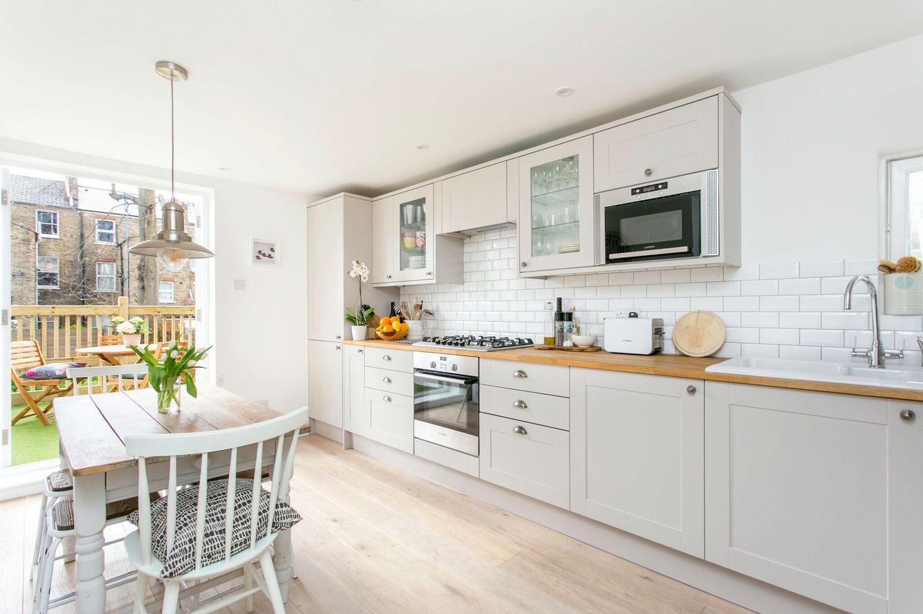 Howden küchen ~ Howdens shakerstyle kitchen küche kitchens