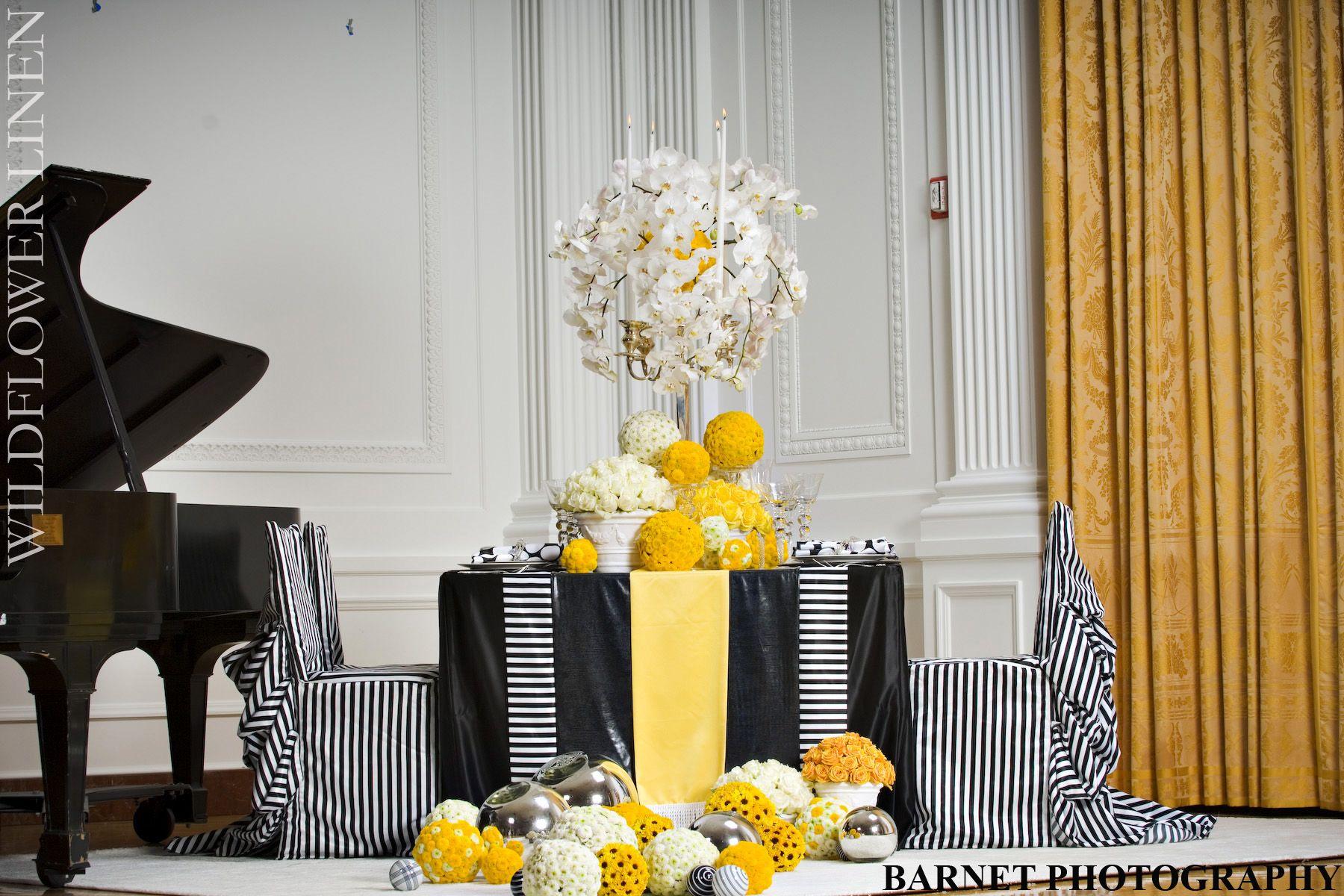Pin by Jessie Medina on my wedding | Pinterest | Nice, Tablescapes ...