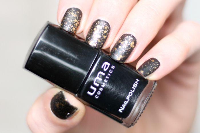 uma cosmetics nagellack schwarz super matte