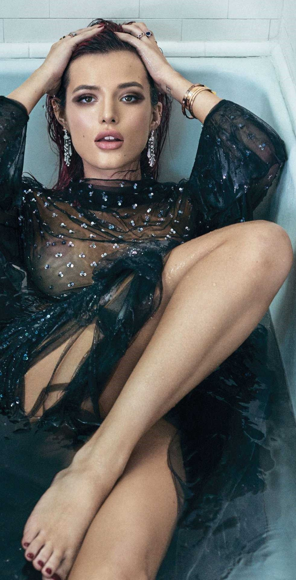 Bella thorne gq mexico magazine finally without glitter - 2019 year