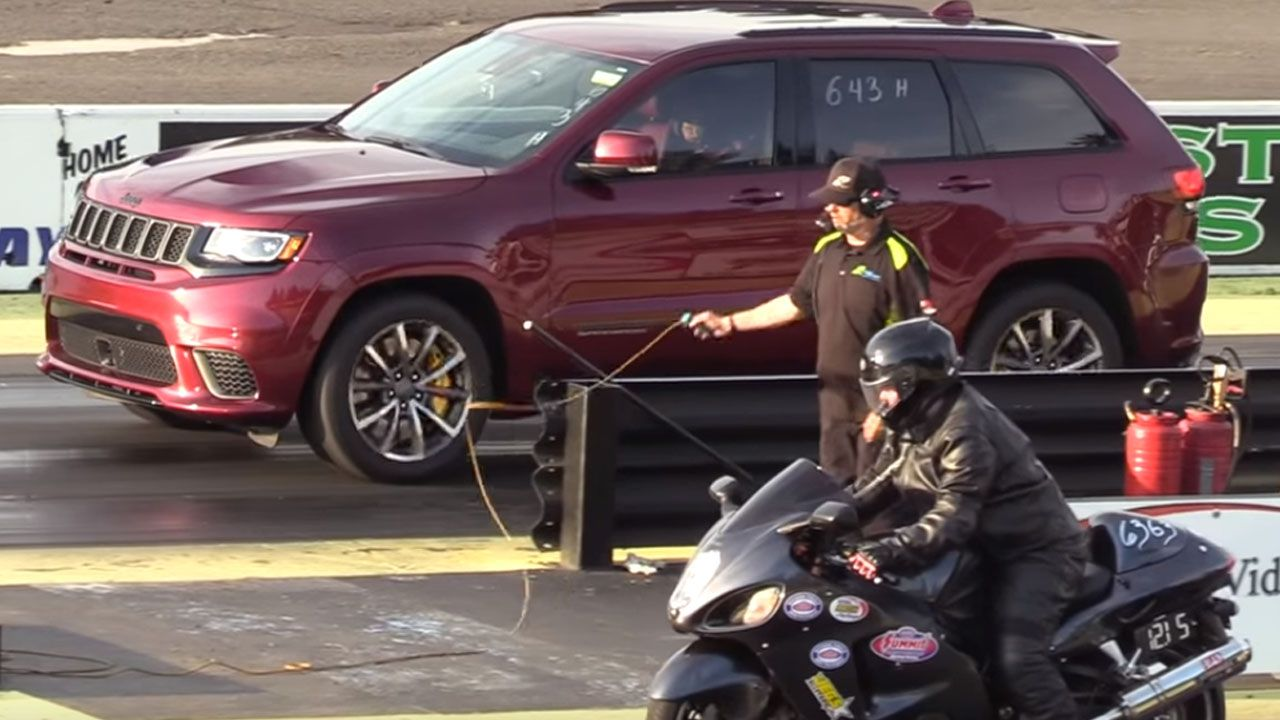 The Almighty Suzuki Hayabusa Loses To The Jeep Trackhawk In A Drag