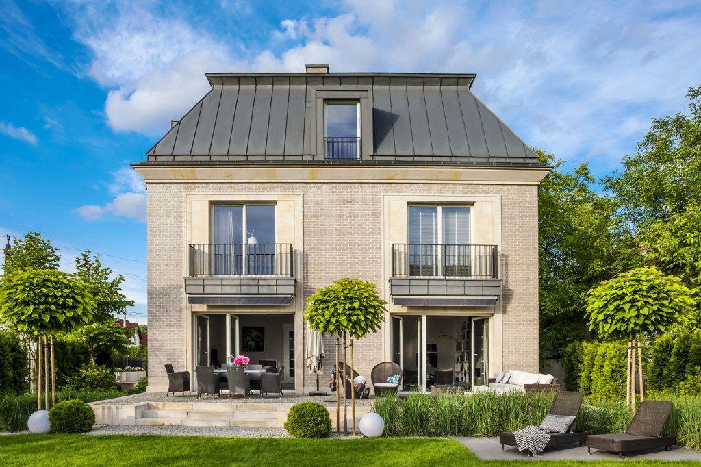 Une Maison Polonaise Moderne Inspiree Par L Architecture Italienne