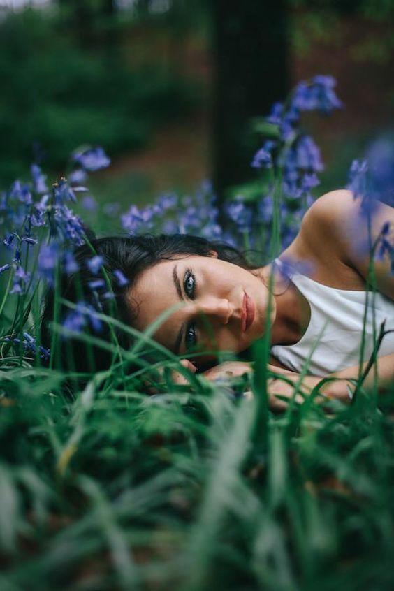 Photo of Fotoshooting-Ideen – Draußen auf dem Feld Katie Hawken – #InstagramBilderIdeenb…, #auf #dem…