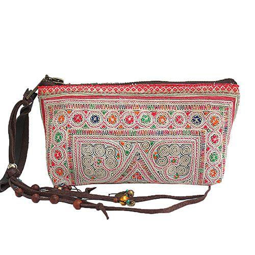 Hippie Boho Ibiza Tasche, Clutch, Kosemtiktasche, Geldbeutel, handgemacht in Laos und Thailand #fairtrade #amodini #JADEtribe #Laos #Thailand www.amodini.com
