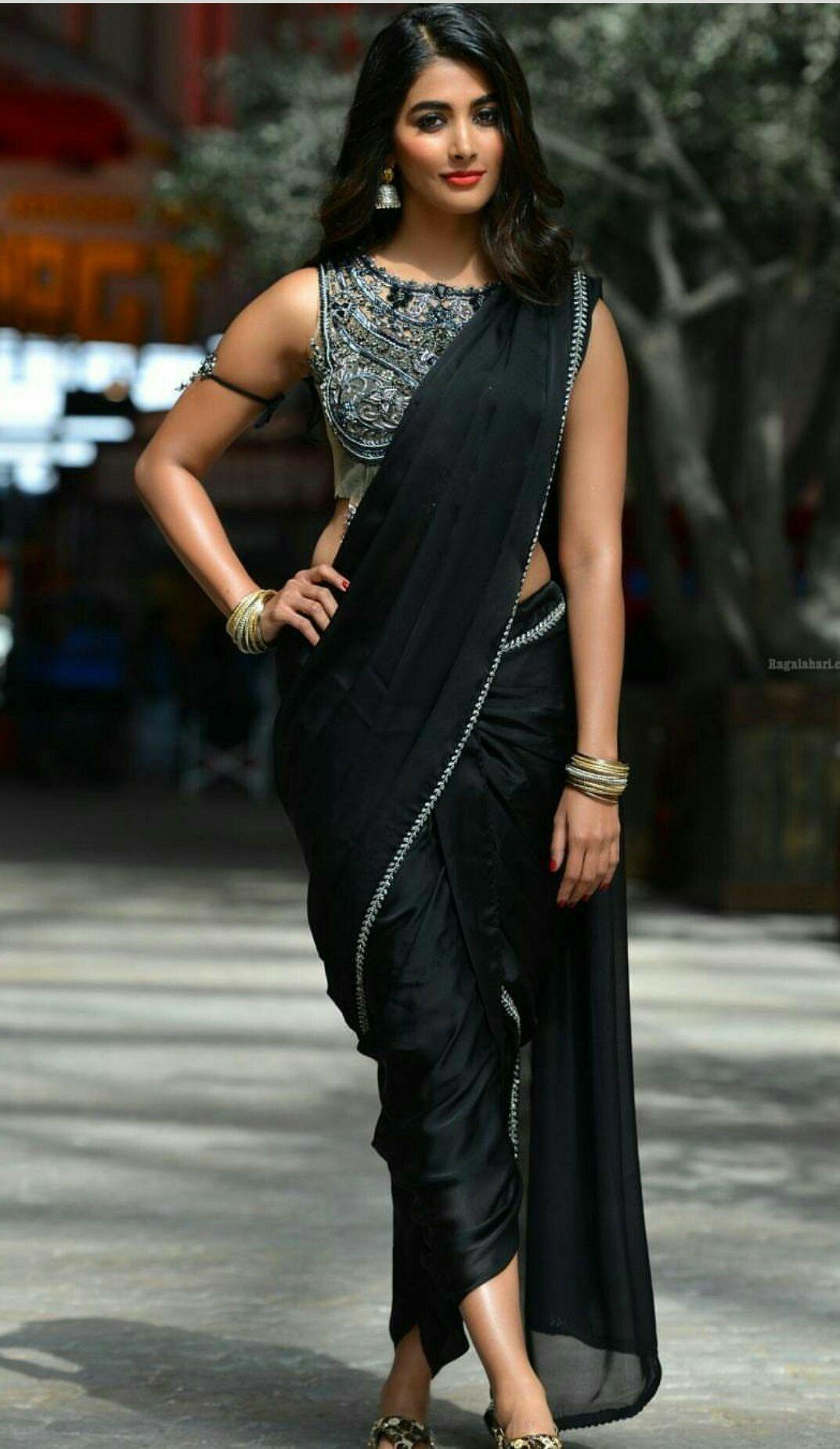 Hot Pooja Hegde In Black Saree From Dj Movie In 2019 -8106