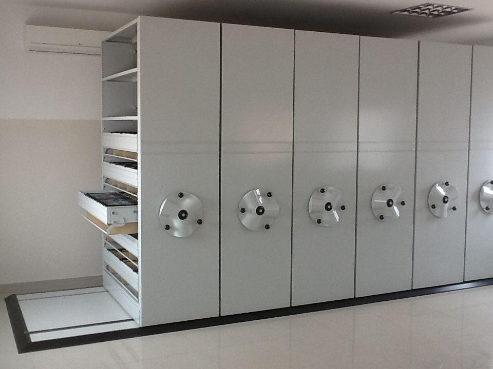 Estantes Para Archivos Oficina.Tecnoroll Archivos Moviles Ideales Para El Ahoro De Espacios Y