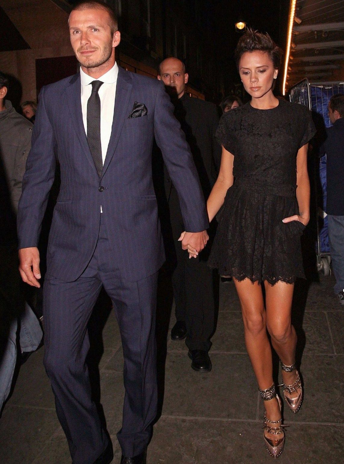 Black dress navy suit - For This Picture Victoria Beckham David Wearing An Elegant Navy Suit